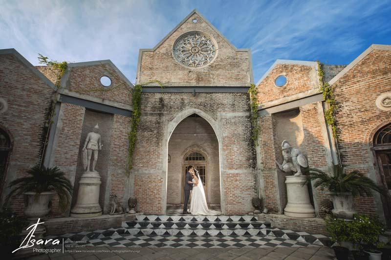 บริการถ่ายภาพ งานปริญญา งานแต่งงาน