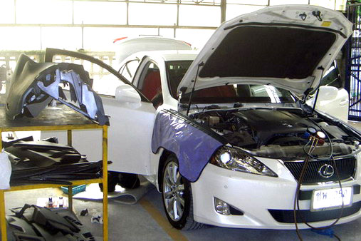 ซ่อมแอร์รถยนต์ แห่งหนน่าพอใจจำเป็นต้องเปล่ามีเนื้อความร้อนก่อเกิดรุ่งพร้อมกับกลิ่นอายเหม็นลูกจากเครื่องปรับอากาศ